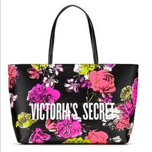 Price firm. NWT VS tote